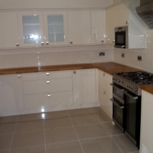 4 bed house cleakheaton 2